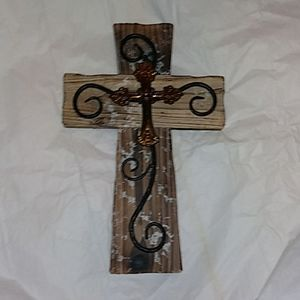 WOOD AND IRON RUSTIC CROSS WALL DECOR